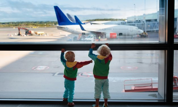 Tips for Traveling with Kids on a Plane