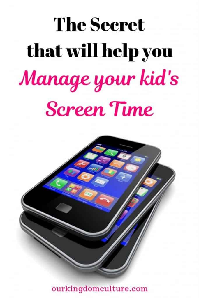 Parenting is not easy. This simple method will help you manage your kid's screen time. #parenting, #kidselectronics, #kidsscreentime